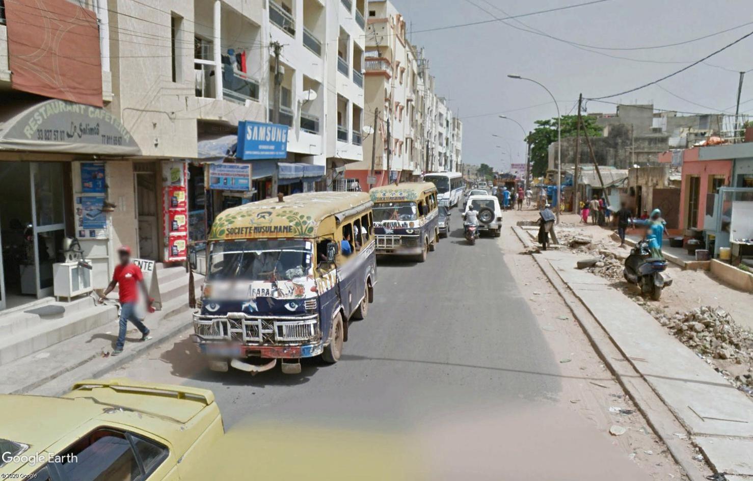 STREET VIEW : cars rapides et transports en commun du Sénégal Tsge1788
