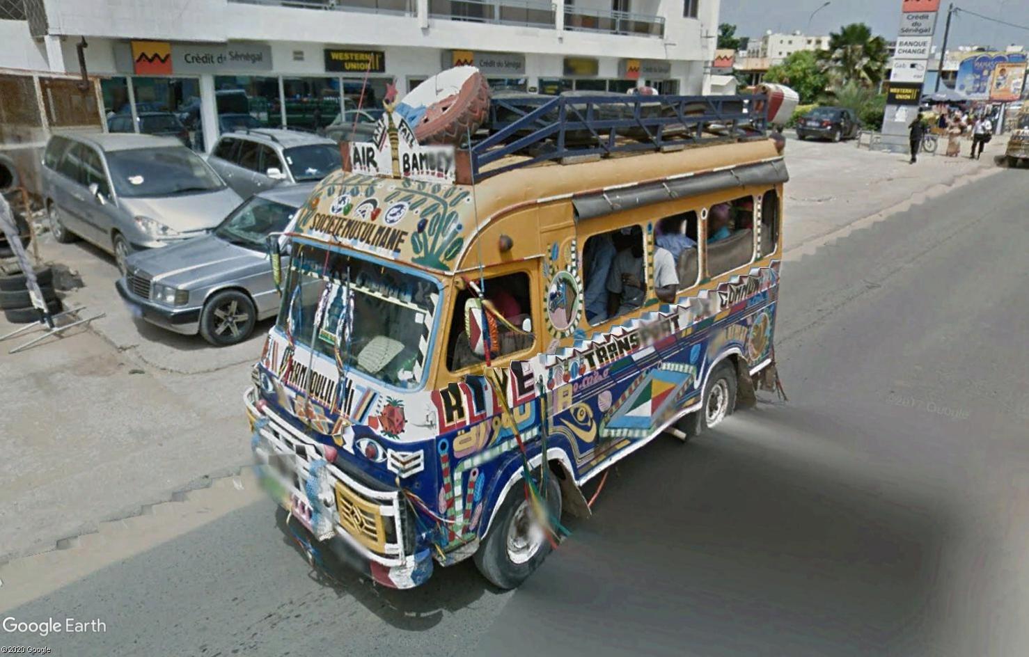 STREET VIEW : cars rapides et transports en commun du Sénégal Tsge1792