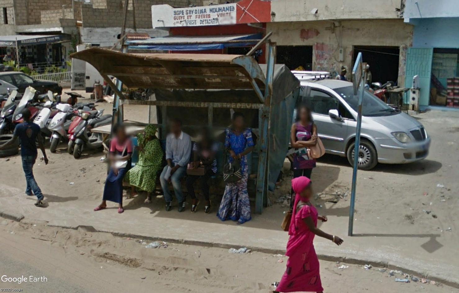 STREET VIEW : cars rapides et transports en commun du Sénégal Tsge1793