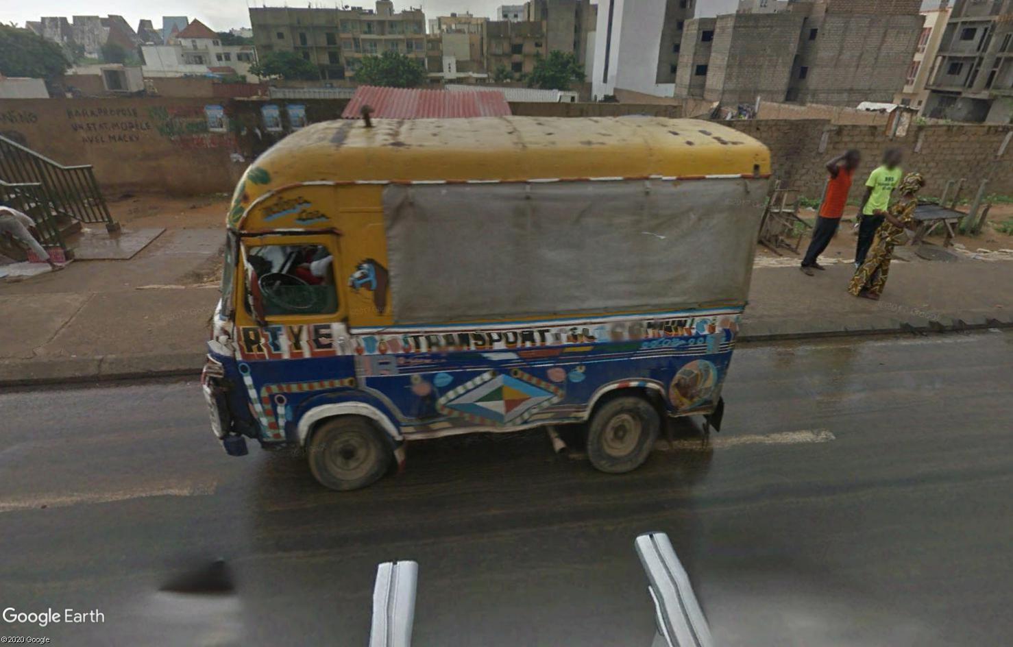 STREET VIEW : cars rapides et transports en commun du Sénégal Tsge1795