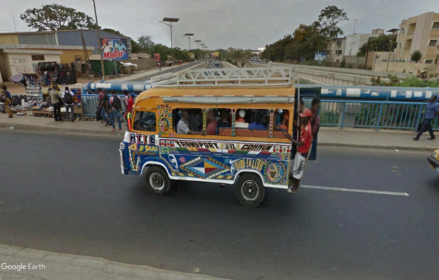 STREET VIEW : cars rapides et transports en commun du Sénégal Tsge1796
