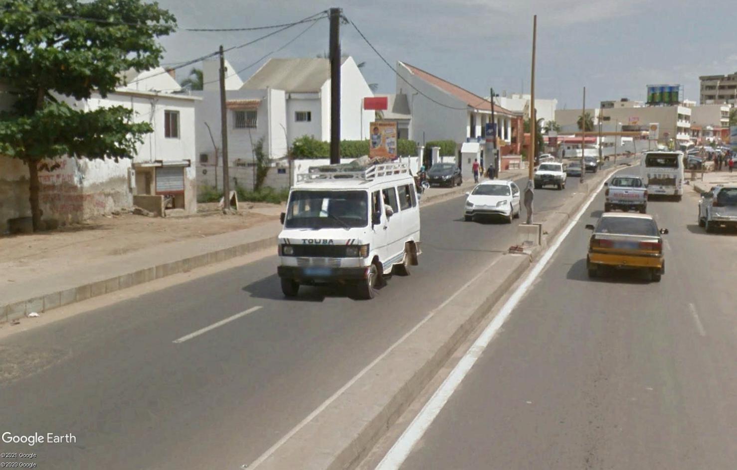 STREET VIEW : cars rapides et transports en commun du Sénégal Tsge1806