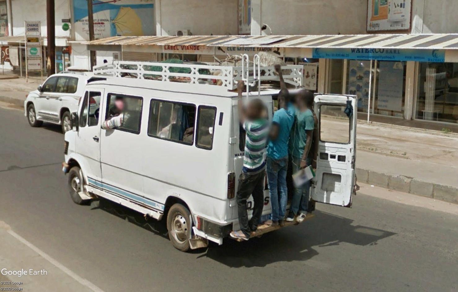 STREET VIEW : cars rapides et transports en commun du Sénégal Tsge1807