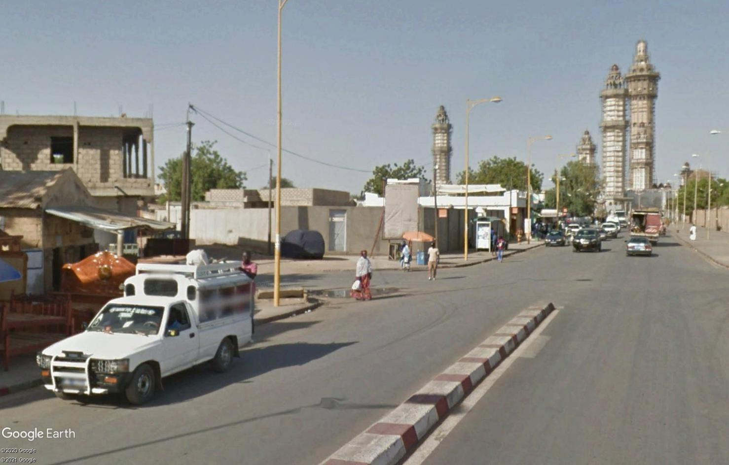 STREET VIEW : cars rapides et transports en commun du Sénégal Tsge1817
