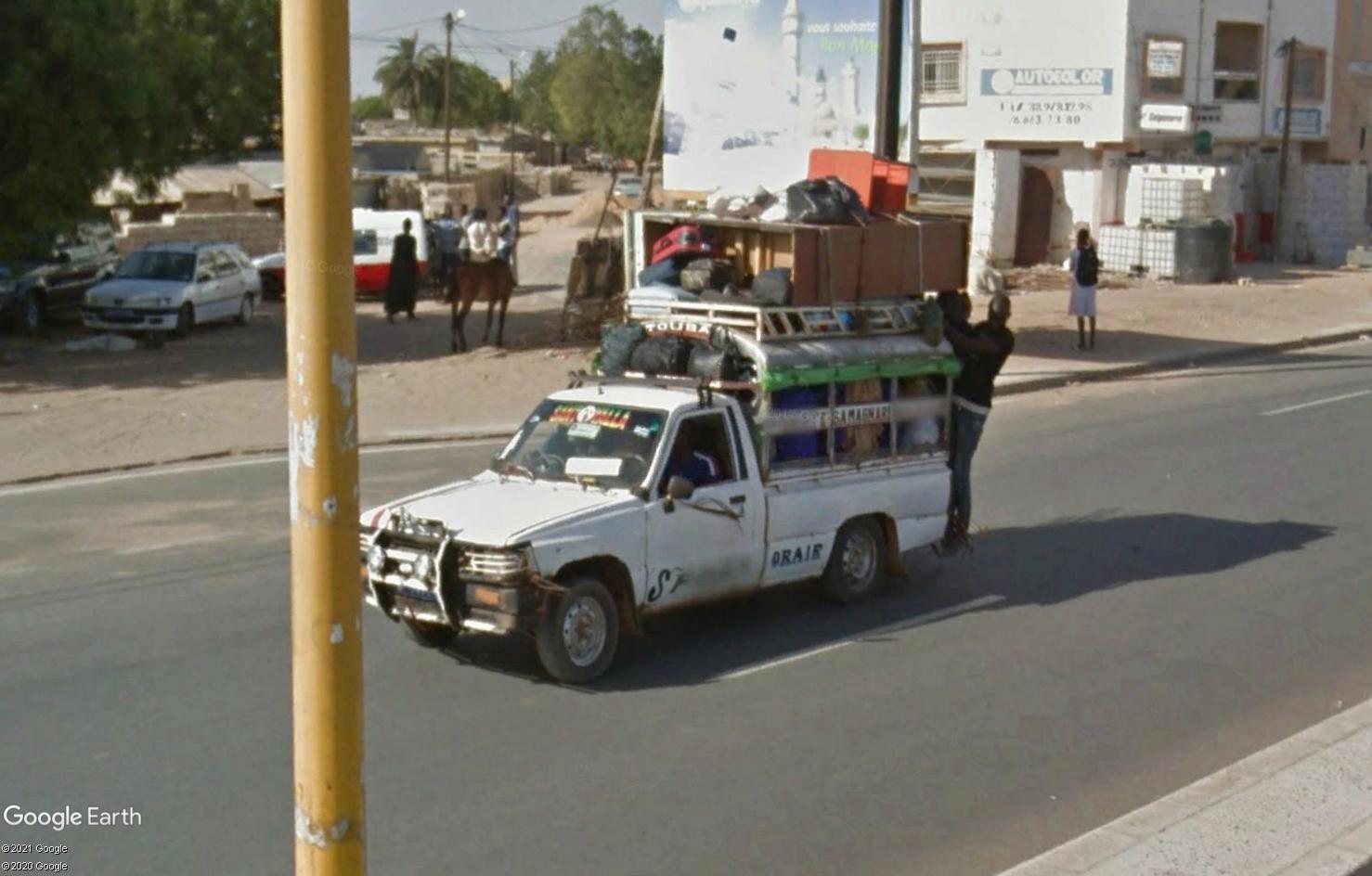 STREET VIEW : cars rapides et transports en commun du Sénégal Tsge1819