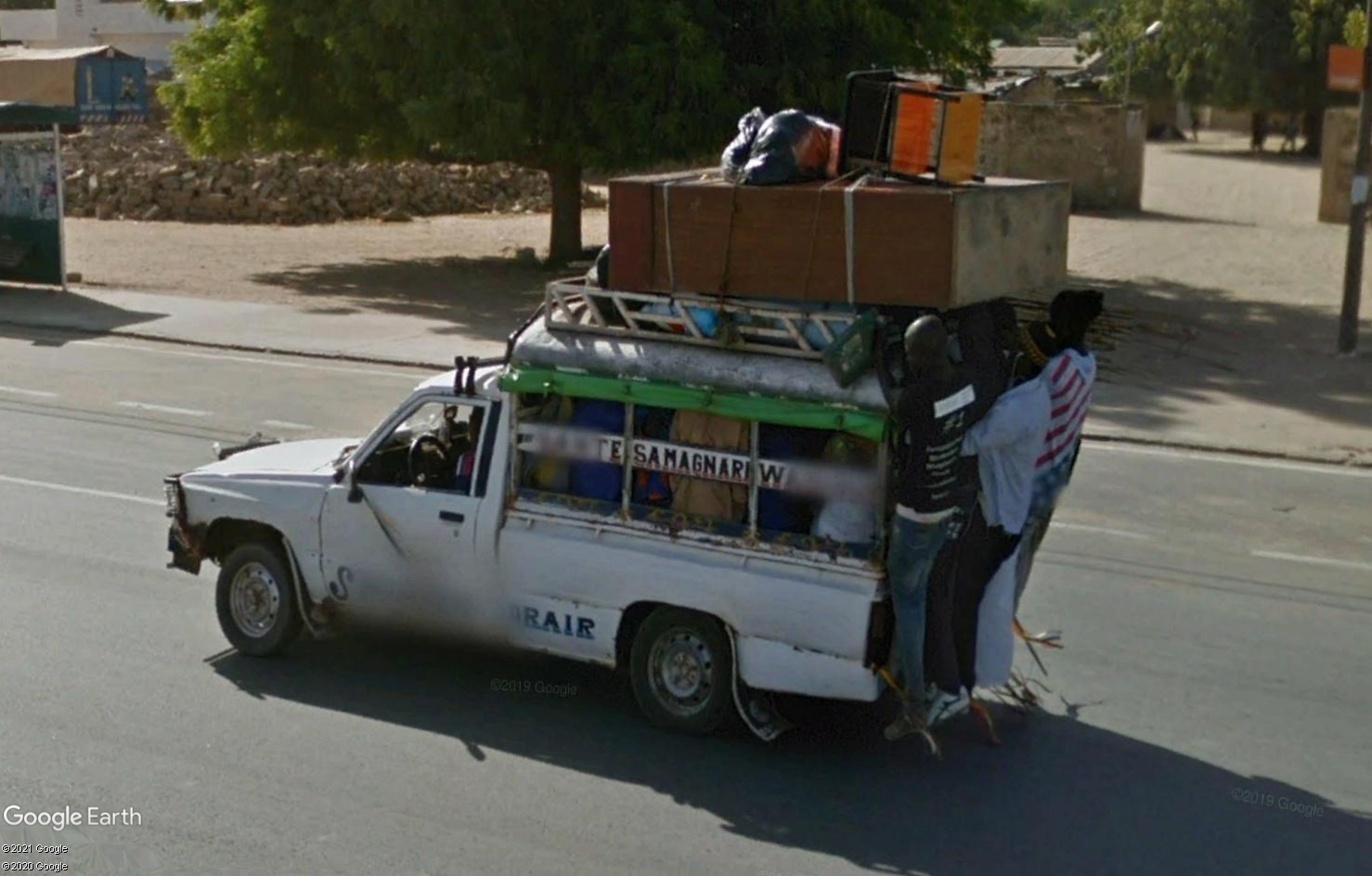 STREET VIEW : cars rapides et transports en commun du Sénégal Tsge1820