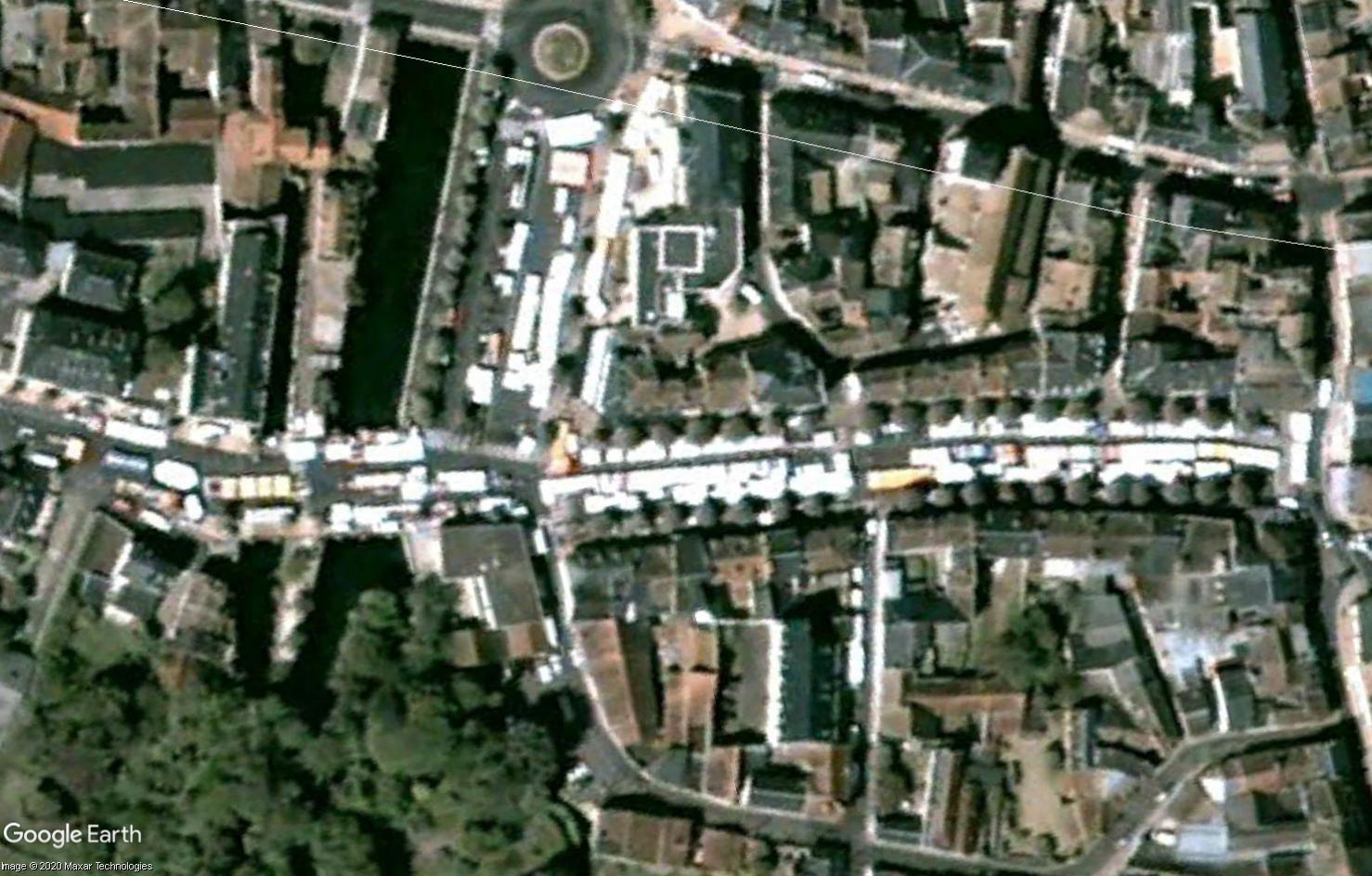 Marchés et Brocantes sur Google Earth - Page 10 Tsge1821