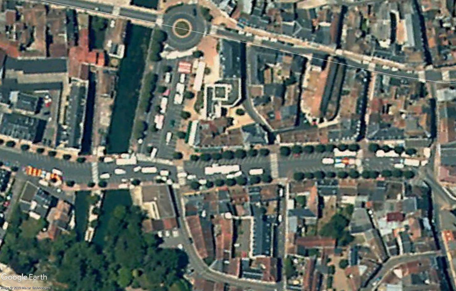 Marchés et Brocantes sur Google Earth - Page 10 Tsge1822