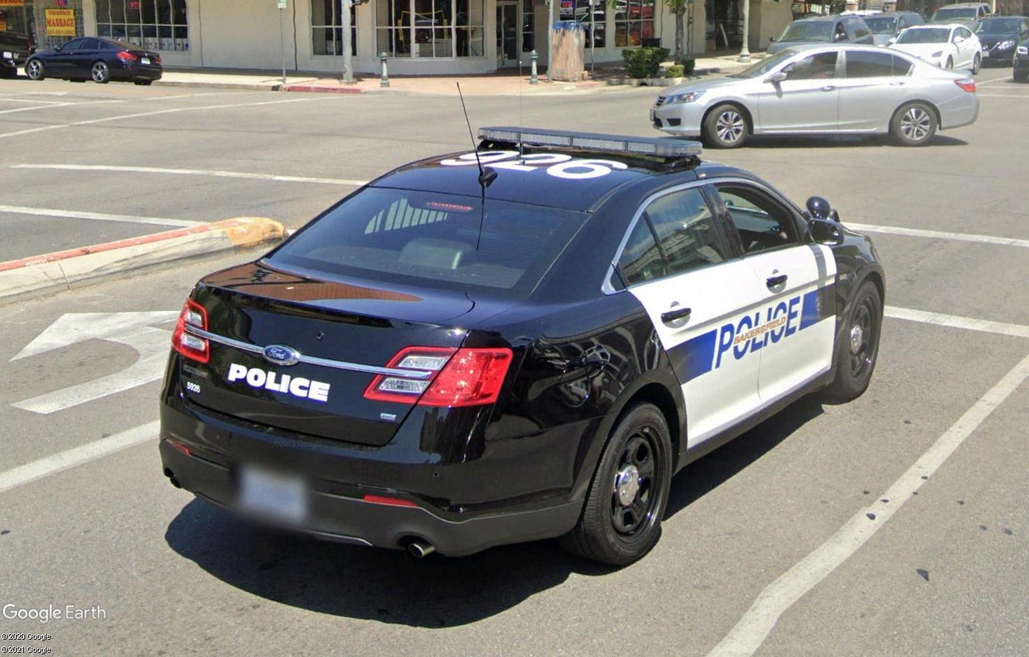 STREET VIEW : véhicules de police du monde - Page 10 Tsge1829