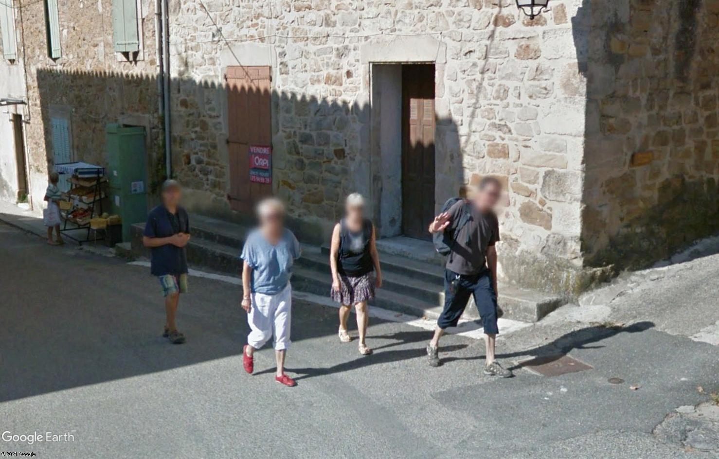 STREET VIEW : un coucou à la Google car  - Page 56 Tsge1905