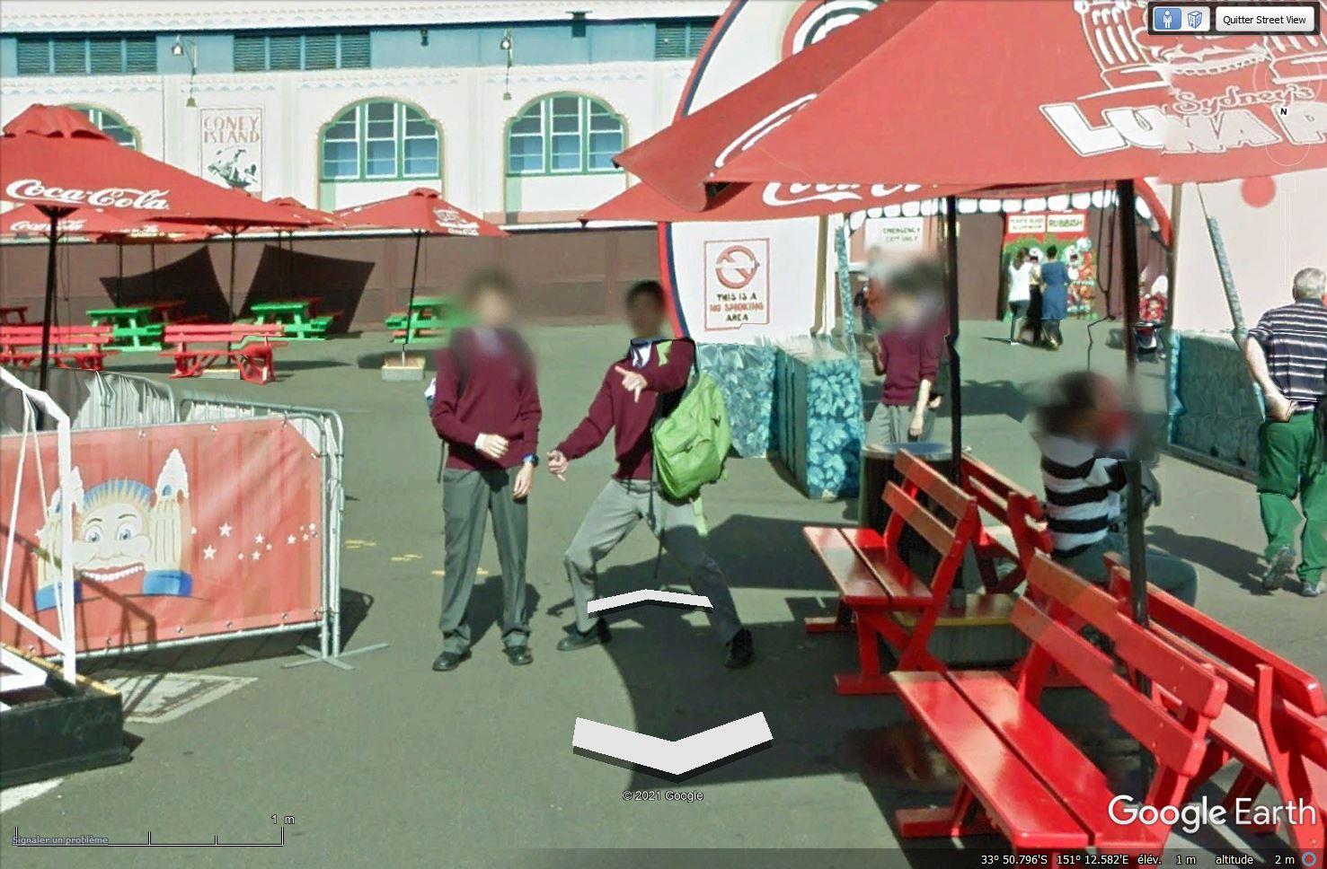 STREET VIEW : un coucou à la Google car  - Page 56 Tsge1998