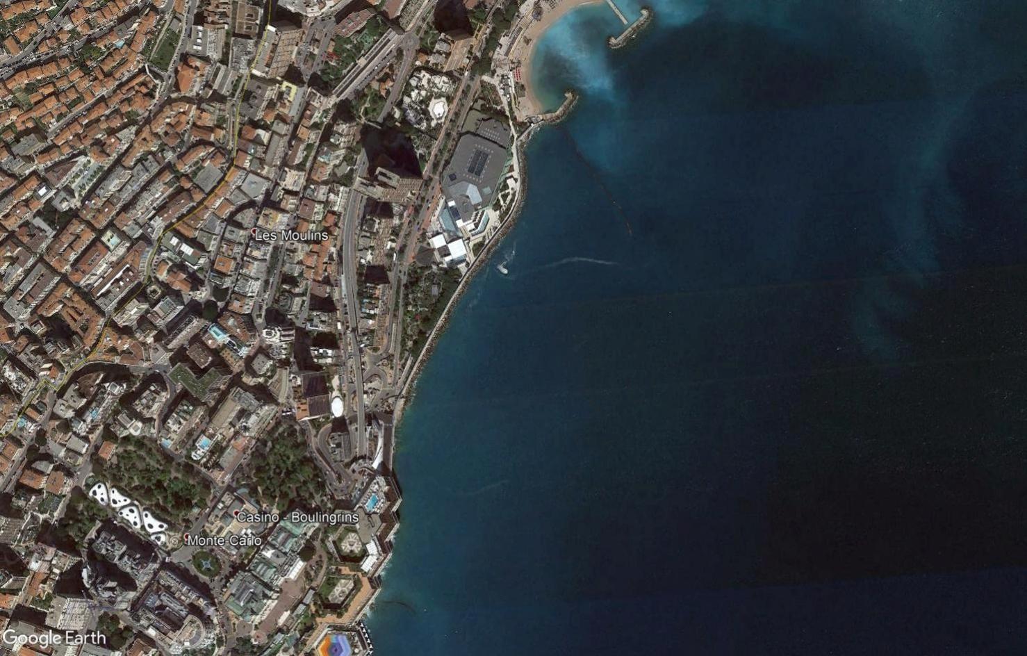( Bientôt visible sur google earth ) Presqu'ile Monaco Tsge2033