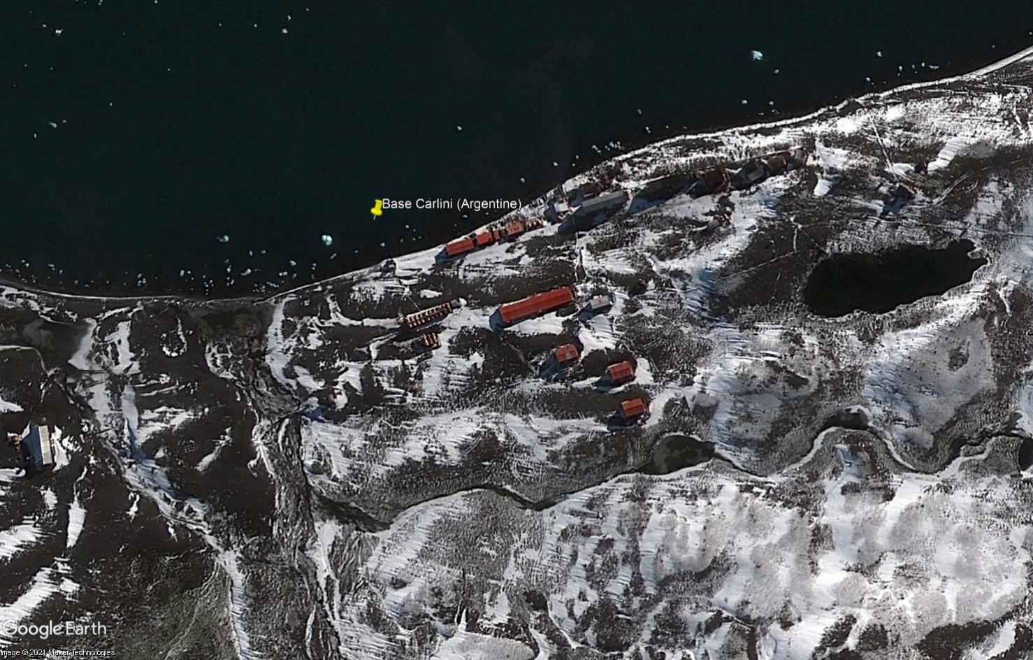 DEFI COLLECTIF : à la recherche des stations scientifiques de l'Antarctique avec Google Earth - Page 8 Tsge2058
