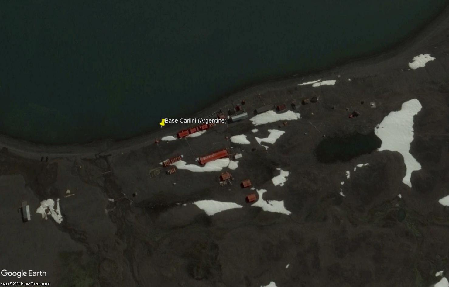DEFI COLLECTIF : à la recherche des stations scientifiques de l'Antarctique avec Google Earth - Page 8 Tsge2059