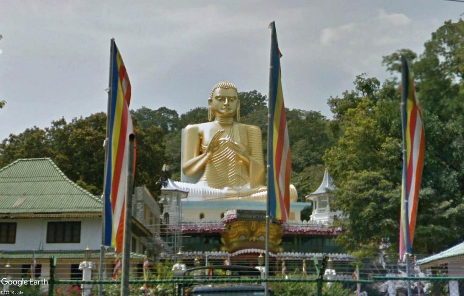 Les statues de Bouddha découvertes dans Google Earth - Page 8 Tsge2070