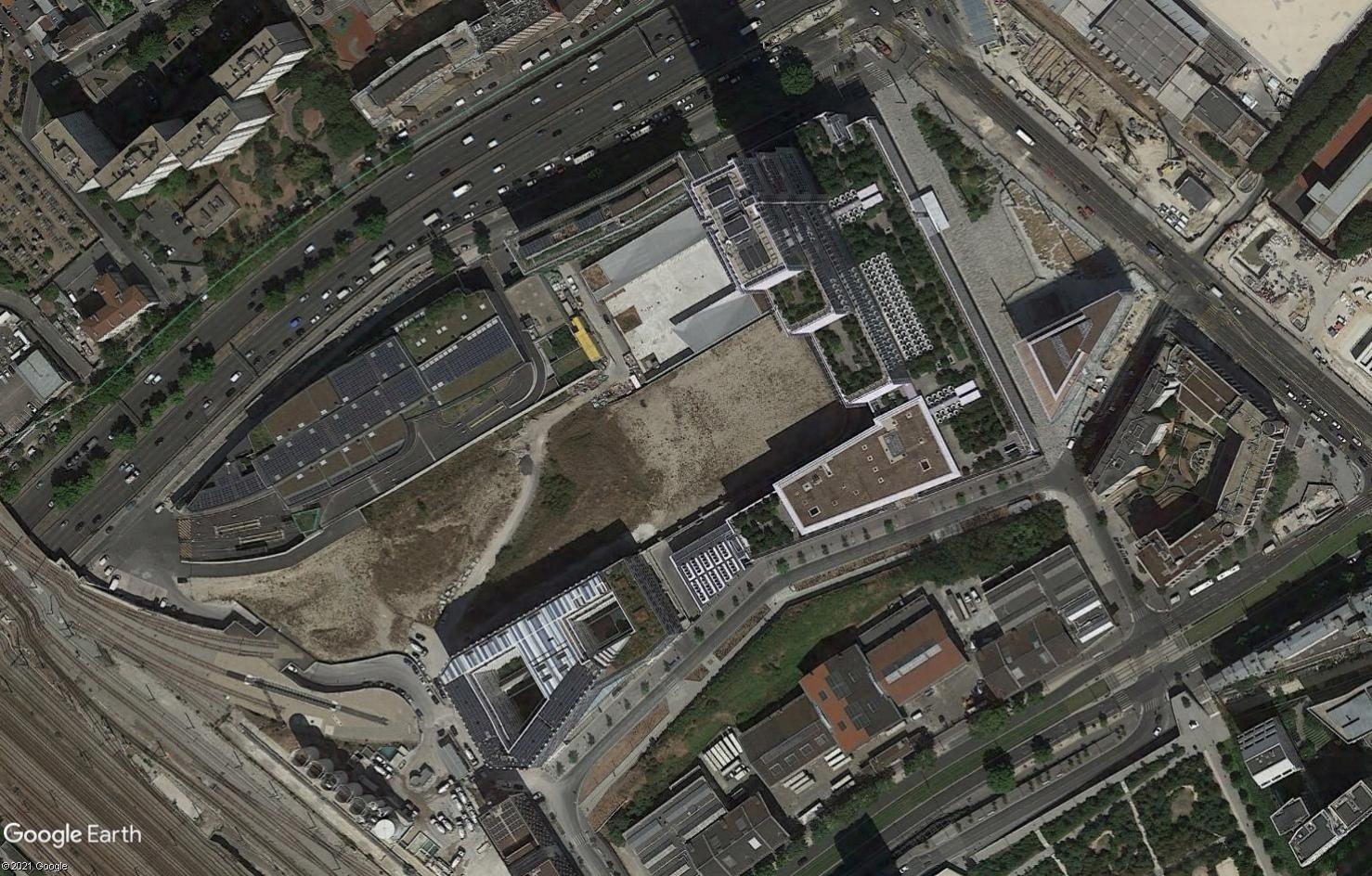 [Enfin visible sur Google-Earth] Futur Palais de Justice - Paris Tsge2244