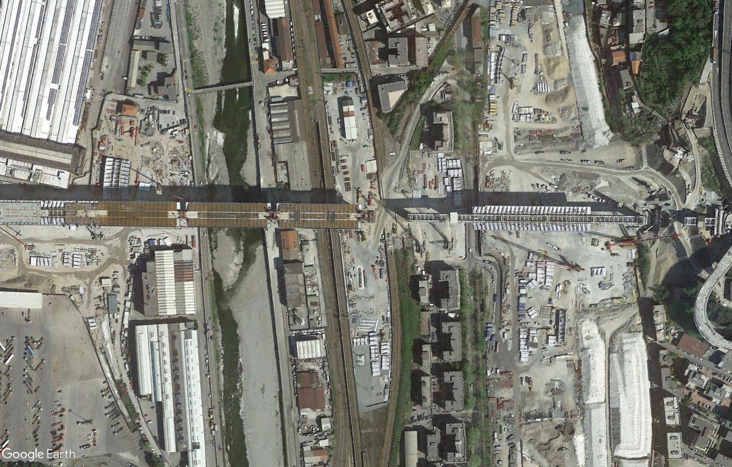 [Bientôt visible sur Google Earth] - Le pont Morandi, Gênes Tsge2352