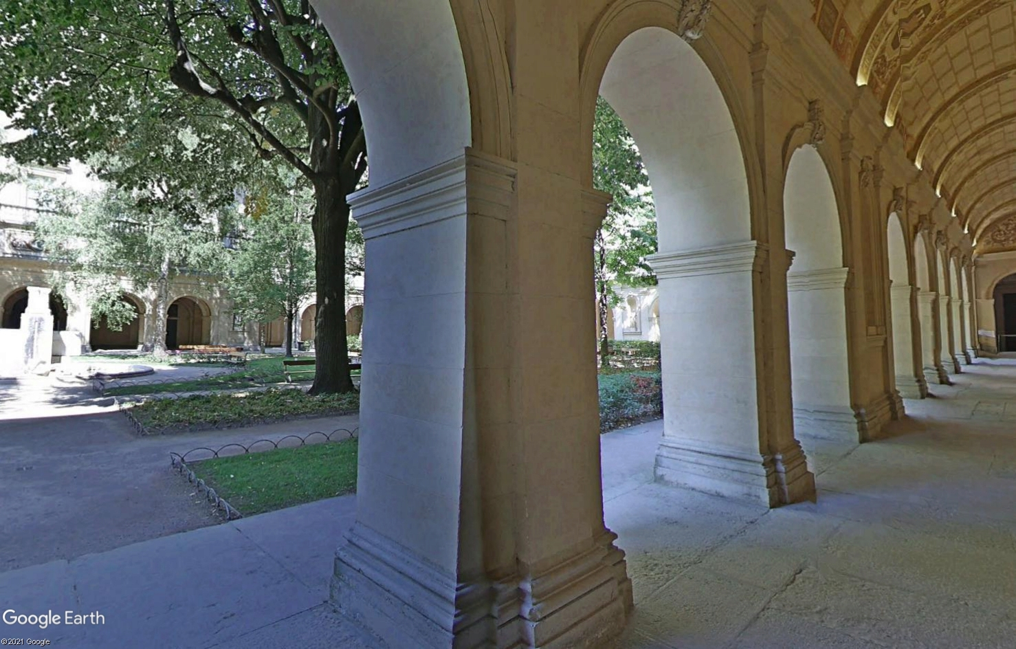 STREET VIEW : les musées en visite virtuelle - Page 9 Tsge2386