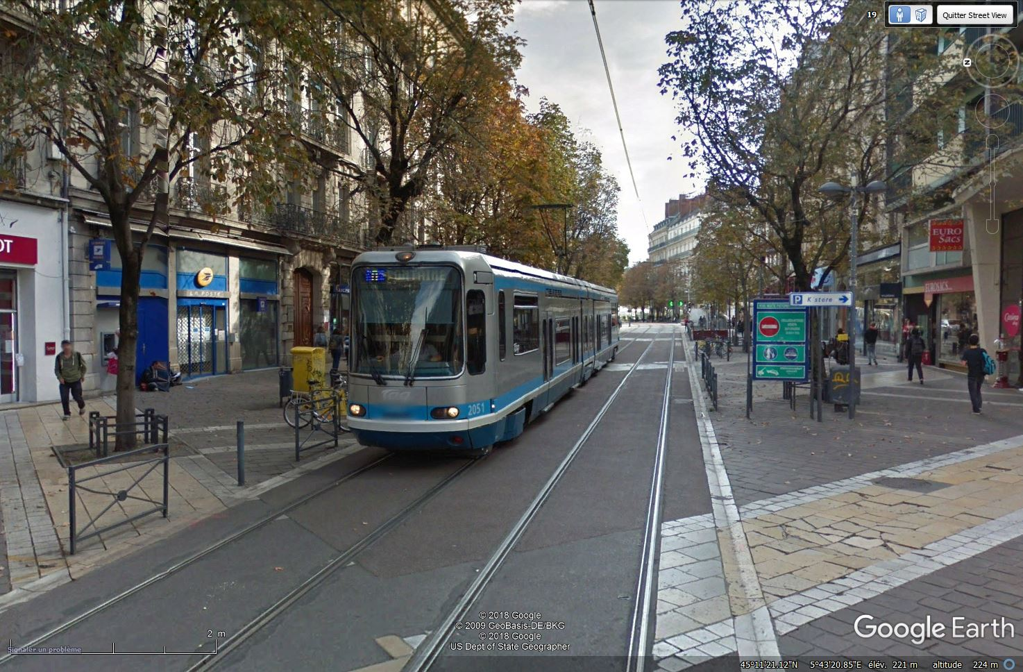 STREET VIEW : les tramways en action - Page 3 Tsge_011