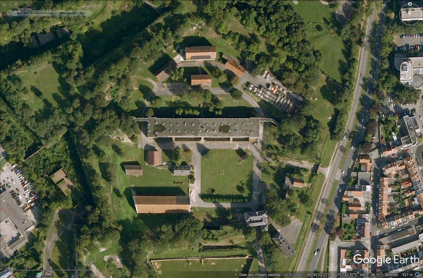 [Désormais visible sur Google Earth] - Nouvelle Université de Picardie Jules-Verne à Amiens Tsge_086