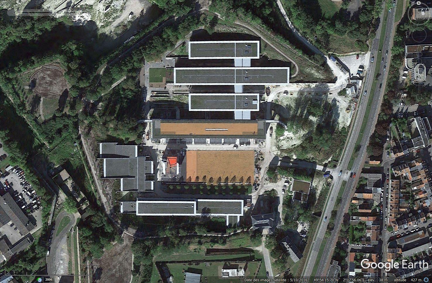 [Désormais visible sur Google Earth] - Nouvelle Université de Picardie Jules-Verne à Amiens Tsge_090