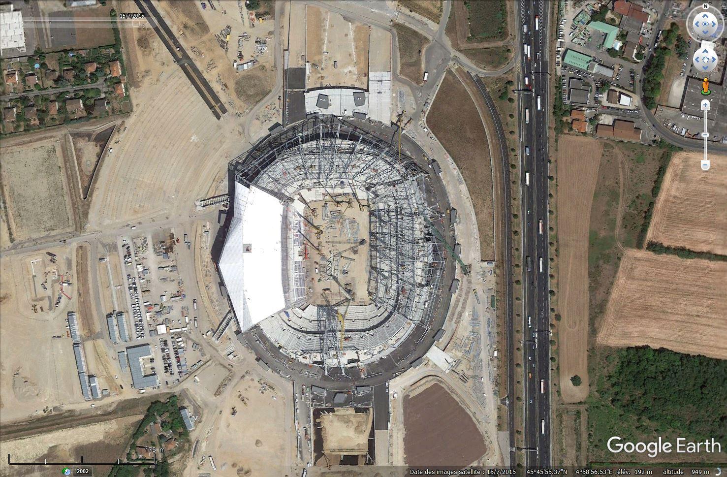 [Désormais visible sur Google Earth] - Stade des Lumières (Décines-Charpieu) Tsge_099