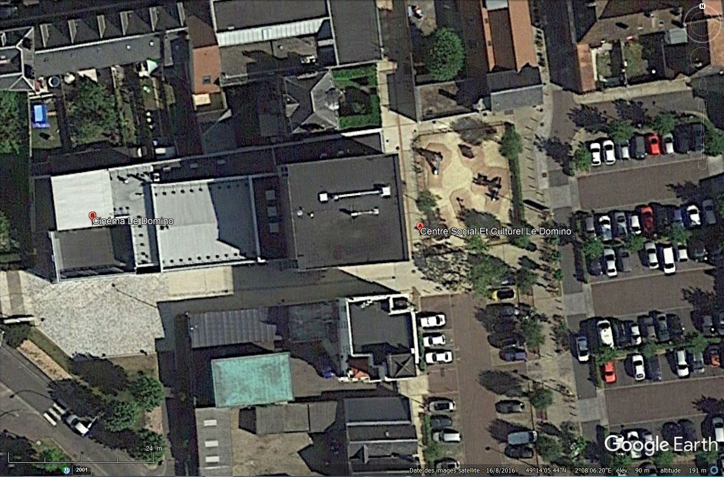[Désormais visible sur Google Earth] - Centre Culturel de Méru, Oise Tsge_167