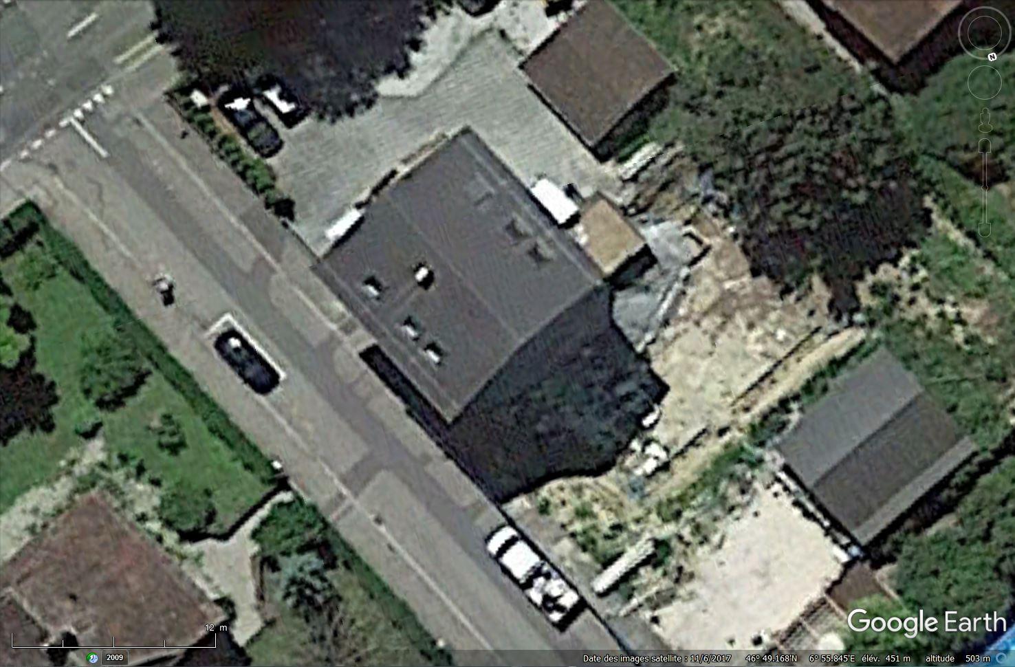 [Désormais visible sur Google Earth] Une maison s'écroule 4 Rue du Châtelet Payerne, Vaud Tsge_206