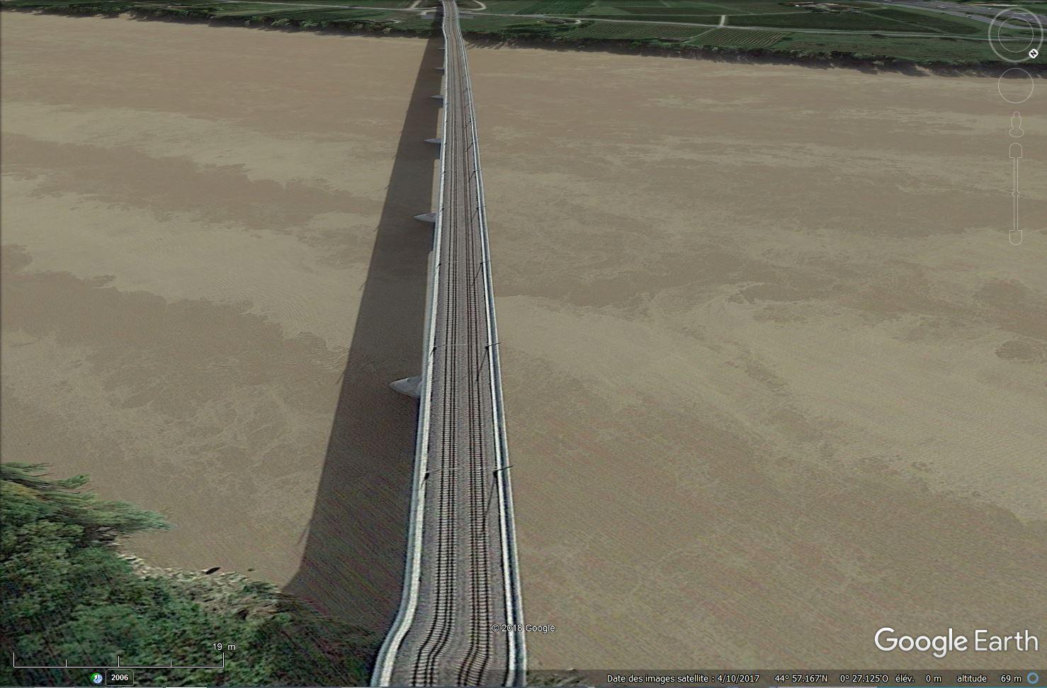 [Désormais visible sur Google-Earth] Pont sur la Dordogne de la LGV Tours-Bordeaux - Gironde - France Tsge_212