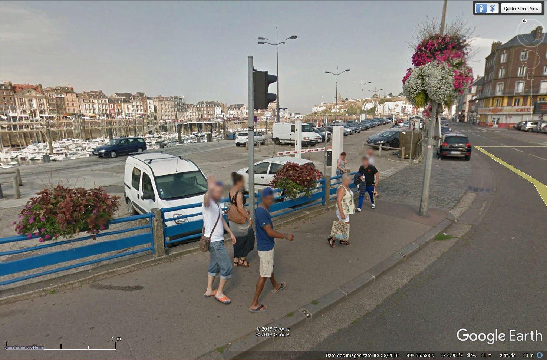 STREET VIEW : un coucou à la Google car  - Page 47 Tsge_271