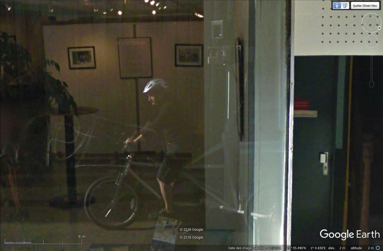 STREET VIEW : les Google bike se faufilent partout... Tsge_297
