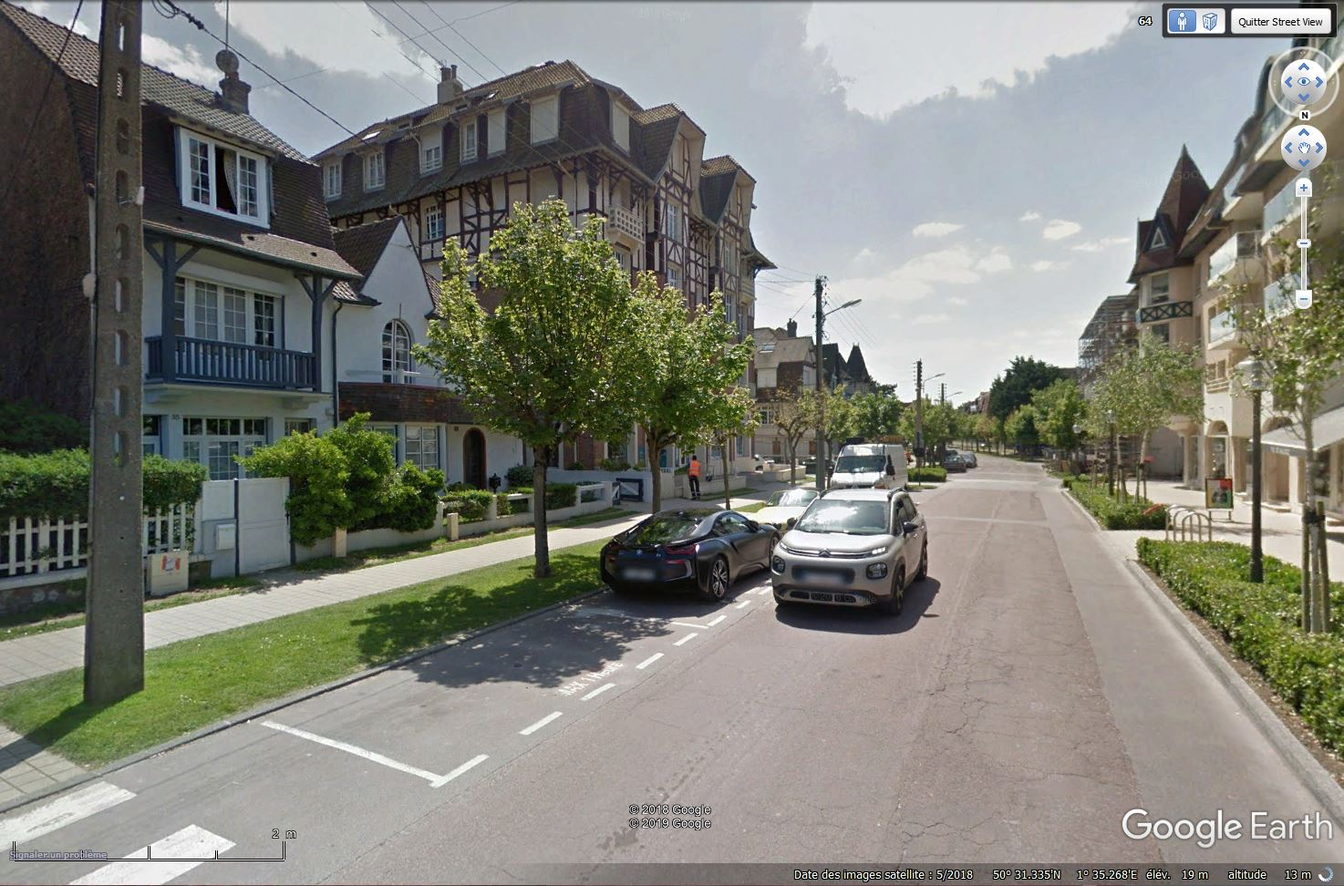 STREET VIEW : belles voitures (Monde) - Page 42 Tsge_430
