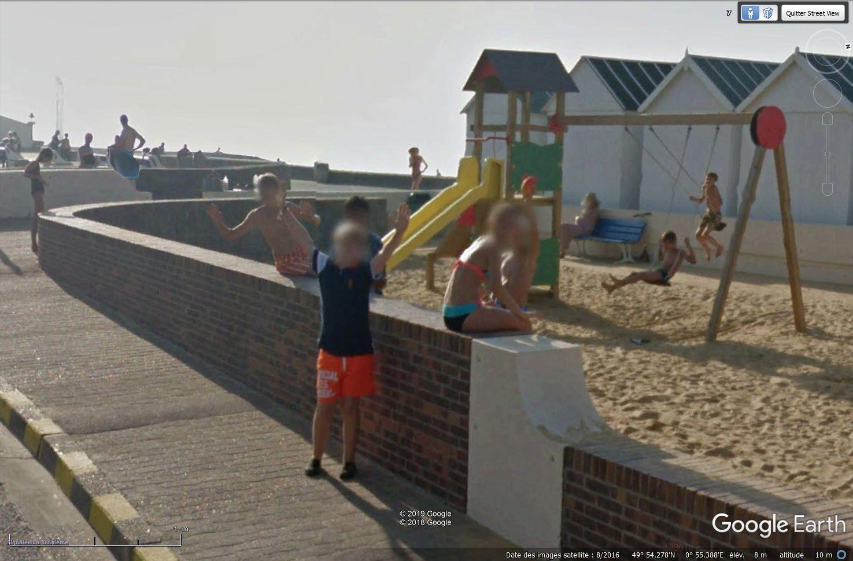 STREET VIEW : un coucou à la Google car  - Page 49 Tsge_603