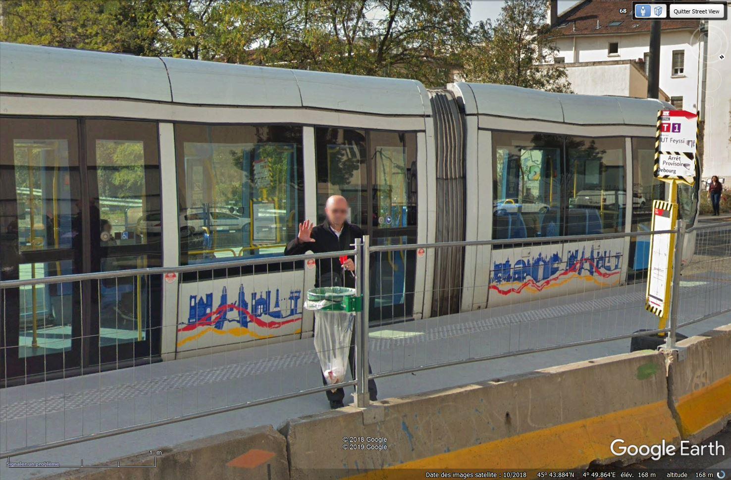 STREET VIEW : un coucou à la Google car  - Page 49 Tsge_646