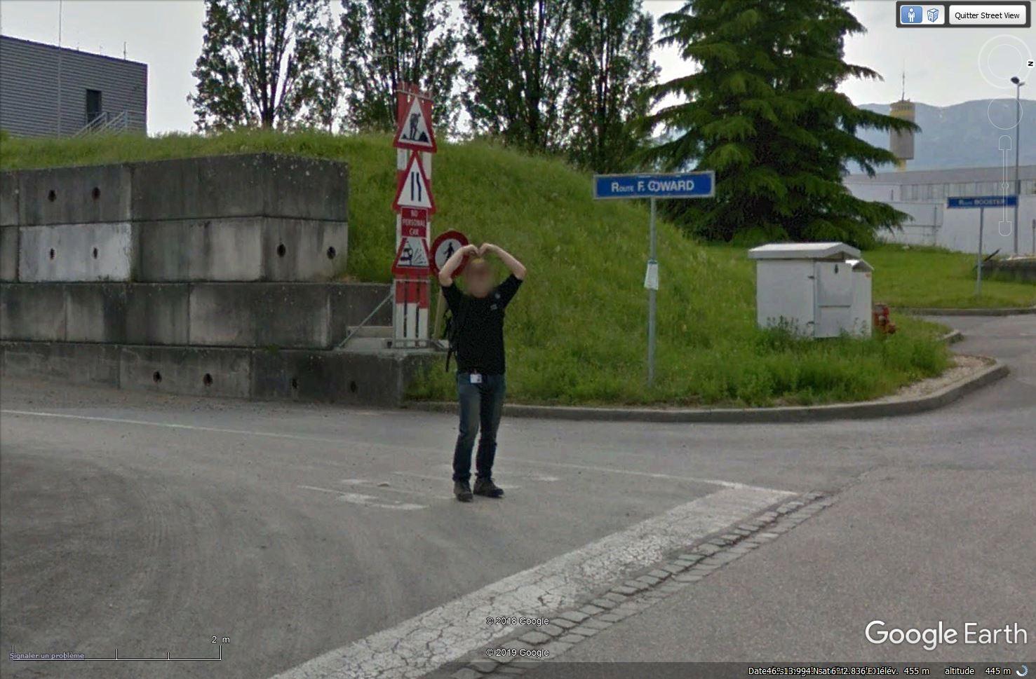 STREET VIEW : un coucou à la Google car  - Page 51 Tsge_786