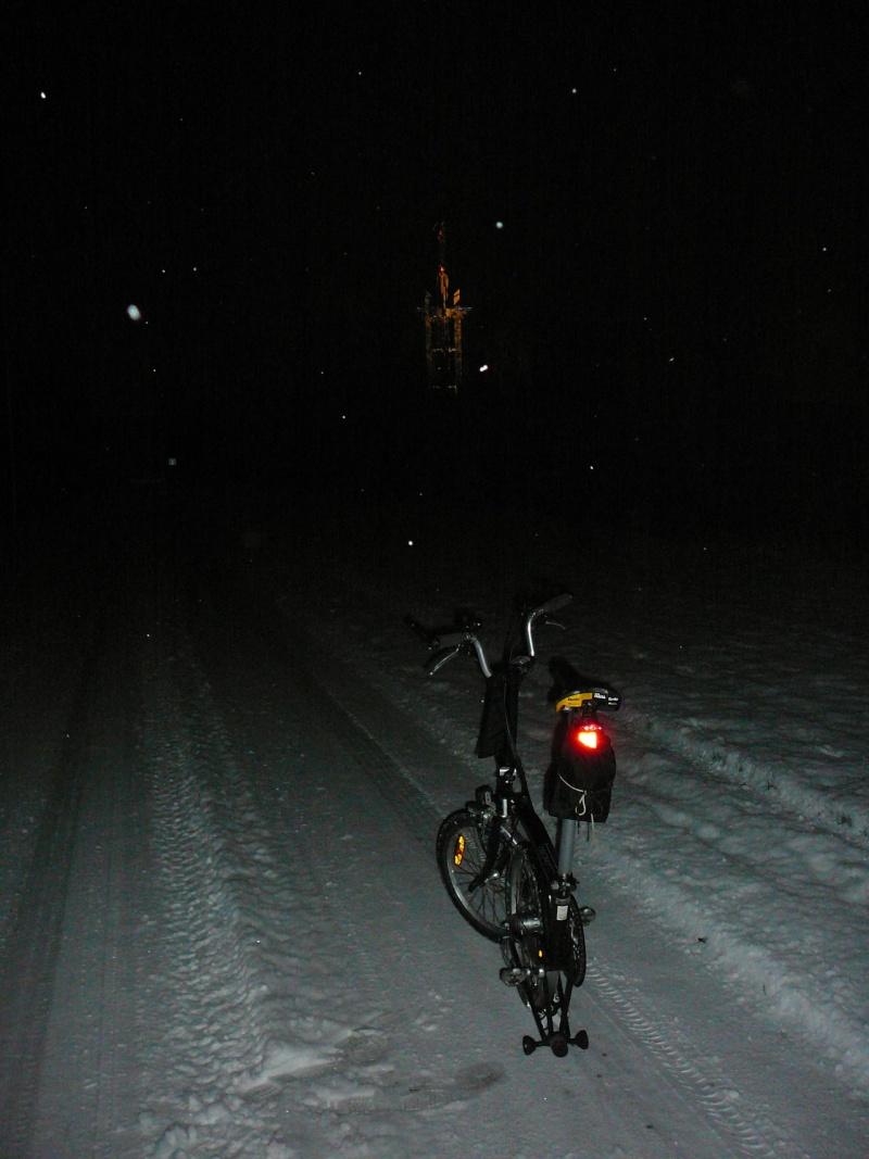 Sous la neige en ville: Brompton 1 - Voiture 0 - Page 2 B_sous10