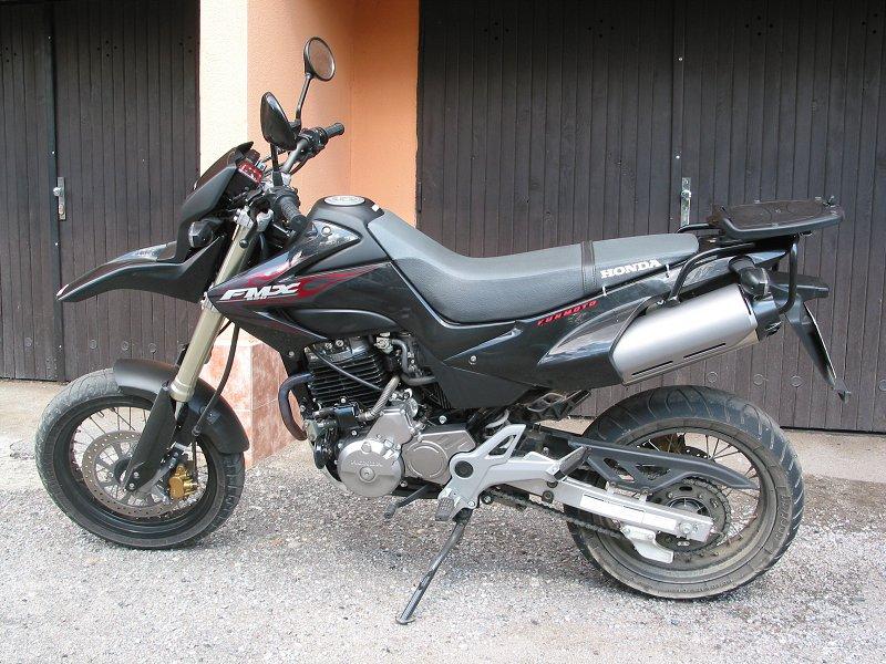 MOTOGALERIA NASICH FMX650 A PODOBNYCH MOTO. Fmx_rr10