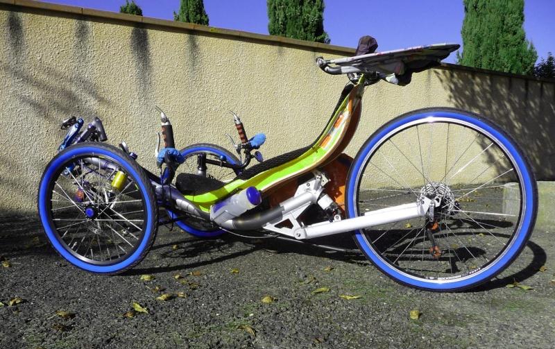 Peinture bleue (ou verte?) pour pneu de vélo: résolu ? - Page 2 Pneu_b11