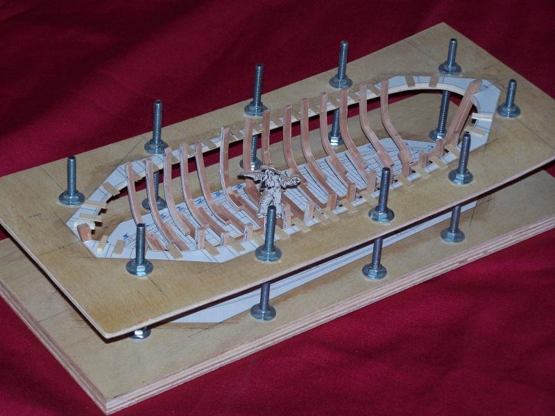 Le bateau de Lanvéoc 1/36 - modélisme d'arsenal,  - Page 3 100_5210