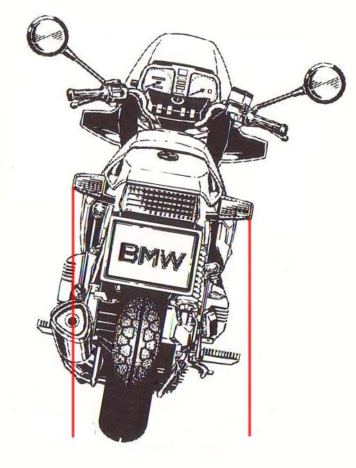 rear wheel leans to the right  K10010