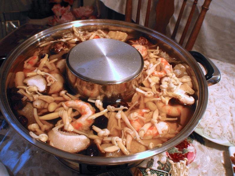 Lẩu Bát Bửu chay Laucha10