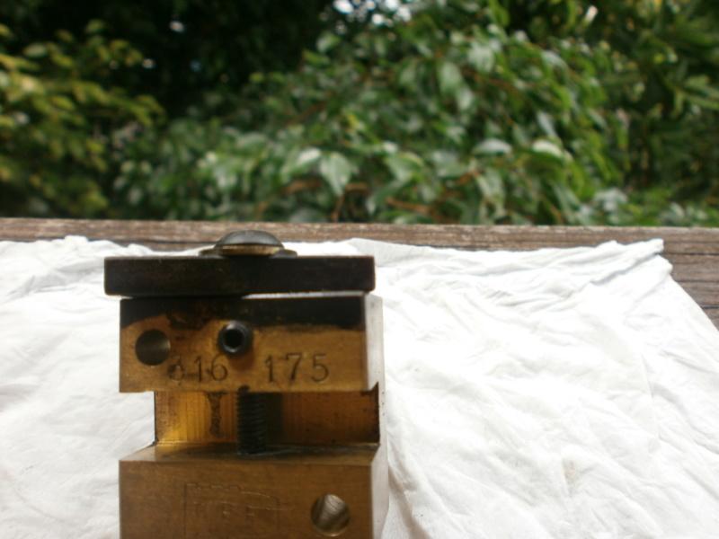 Moule pour 303 British P1011214