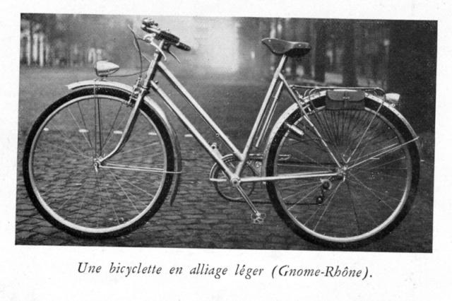 Restauration vélo homme GNOME & RHONE . Velo_d10