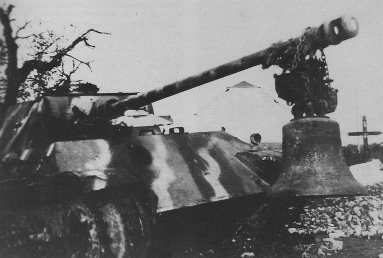 Unité allemande : 9. Panzer-Division août 1944 Panthe10