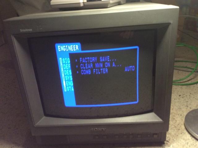 HELP Sony Pvm 14L1 F6037e10