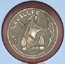 * LIEUTENANT DE VAISSEAU LAVALLÉE  (1980/2018) * 586_0010