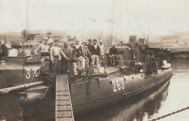 + TORPILLEUR 263 (1902/1920) + Torpi104