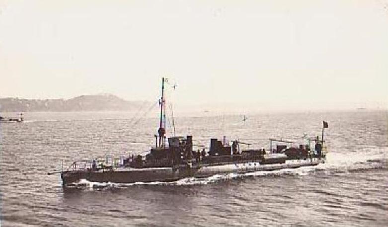 + TORPILLEUR 328 (1907/1925) + Torpi120