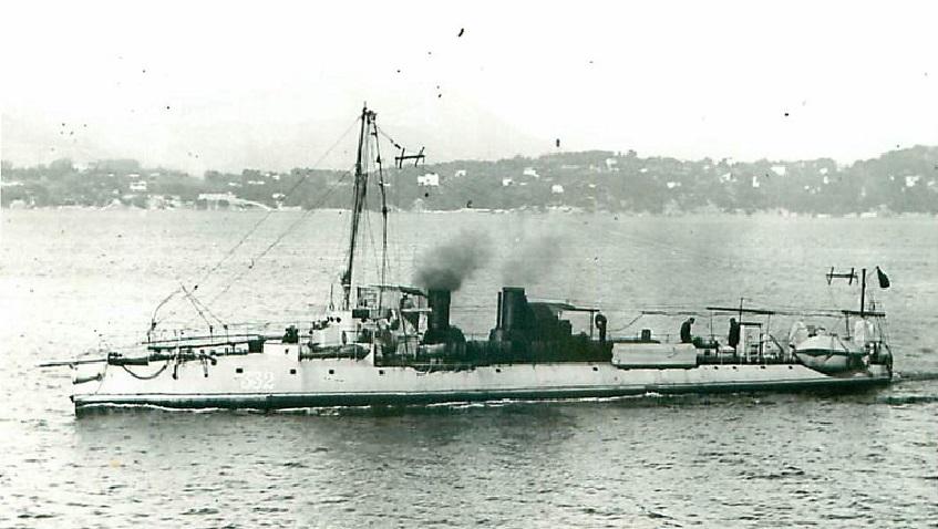 + TORPILLEUR 332 (1907/1925) + Torpi121