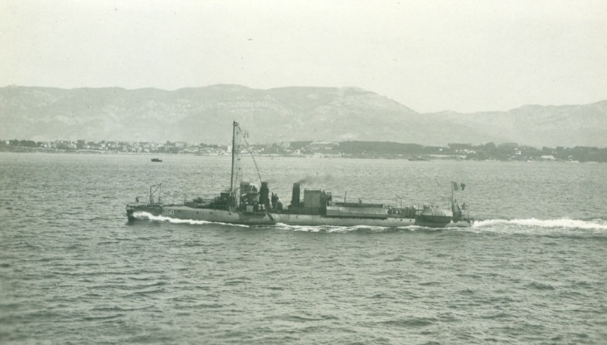 + TORPILLEUR 360 (1906/1922) + Torpi133